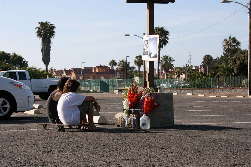 Friends of the teen boy who was fatally stabbed gather to remember him. The incident took place June 20 at 8:43 p.m. Witnesses are asked to contact Oceanside police. Photo by Promise Yee