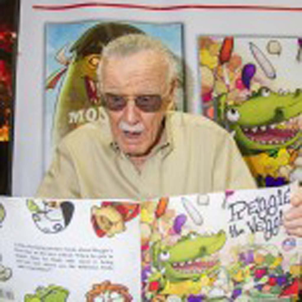 """Marvel Comics legend Stan Lee (""""Spiderman,"""" """"X-Men"""") mugs for The Coast News while promoting his line of kids comics """"Stan Lee's Kids Universe"""" at Comic-Con on Saturday. Photo by Daniel Knighton"""