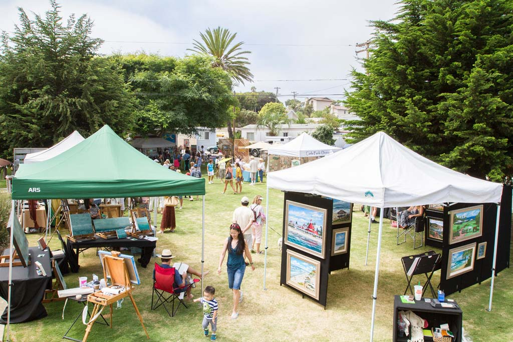 The 9th Annual Leucadia Art Walk brought artists from all over the San Diego area to display and sell their art. Photo by Daniel Knighton