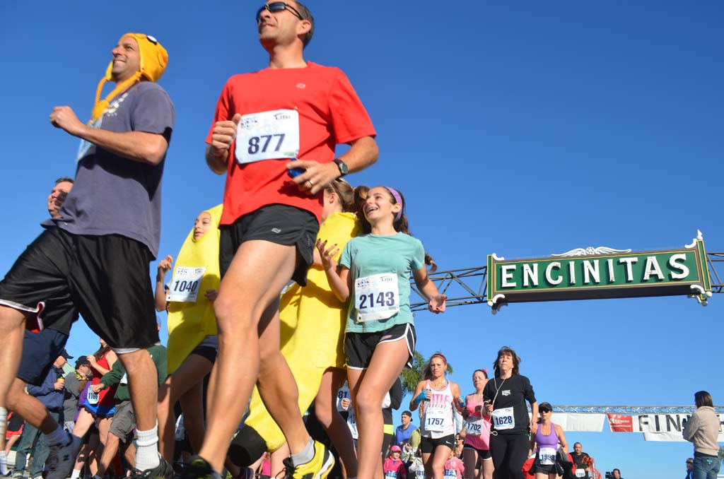 Bountiful runners took to the streets of Encinitas for the third annual Cardiff Kook Run. Photo by Tony Cagala
