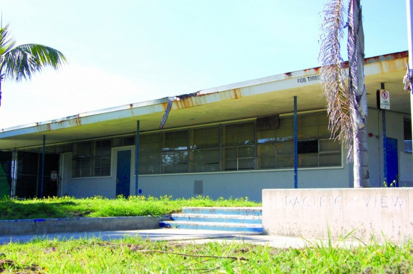 The Encinitas City Council majority votes in favor of finalizing the purchase of the Pacific View site on May 28. File photo