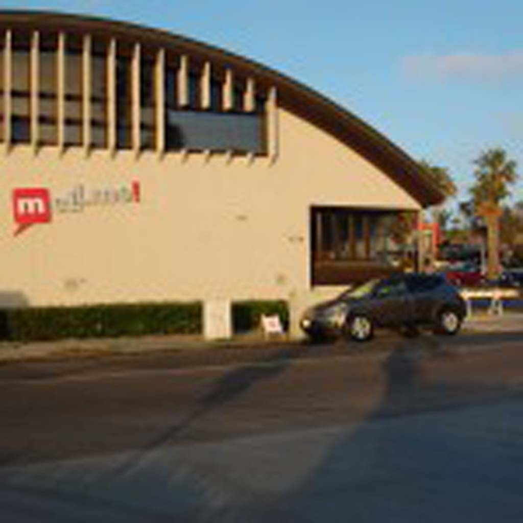 Residents voiced a number of concerns about a proposal to redevelop the Mellmo building and the city-owned parking lot on South Sierra Avenue in Solana Beach. Photo by Bianca Kaplanek