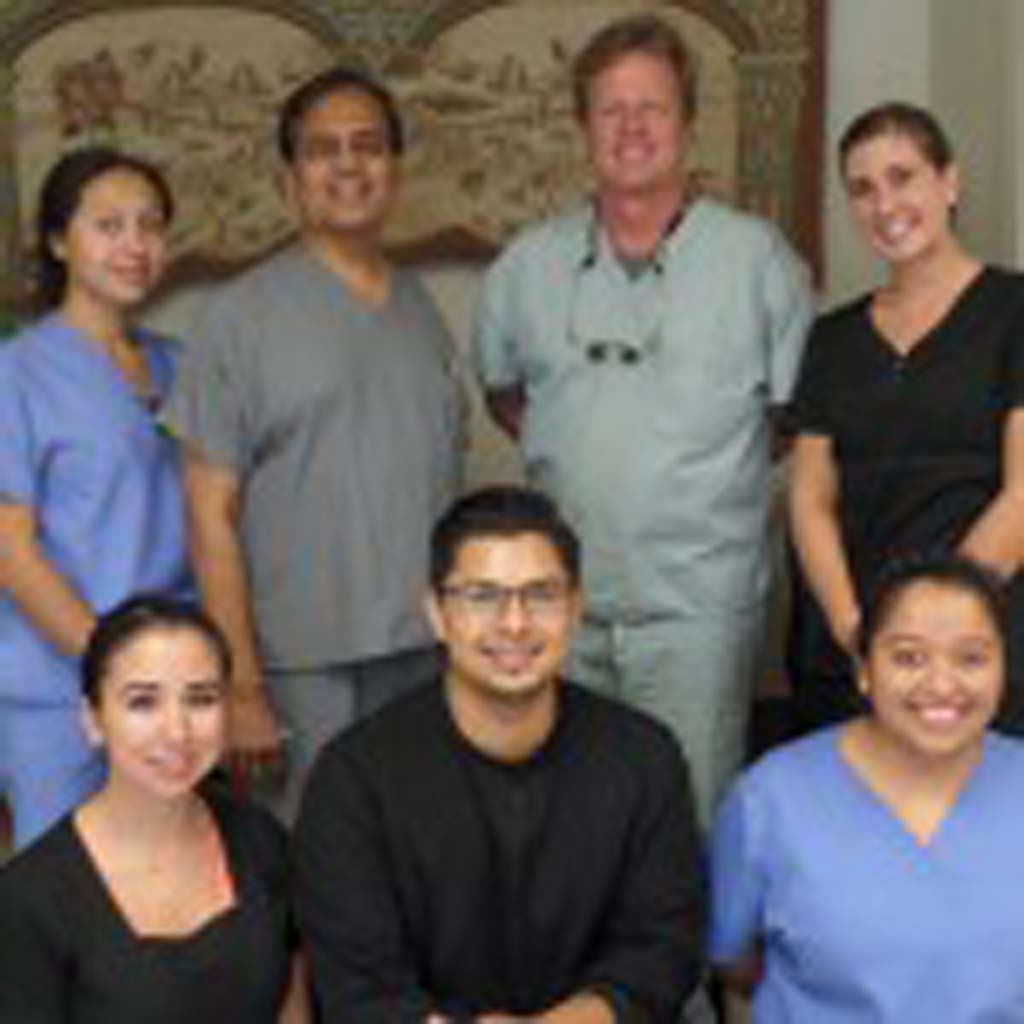For 10 years, the staff of Sun Smile Dental in San Marcos has been offering friendly, caring general dentistry services.