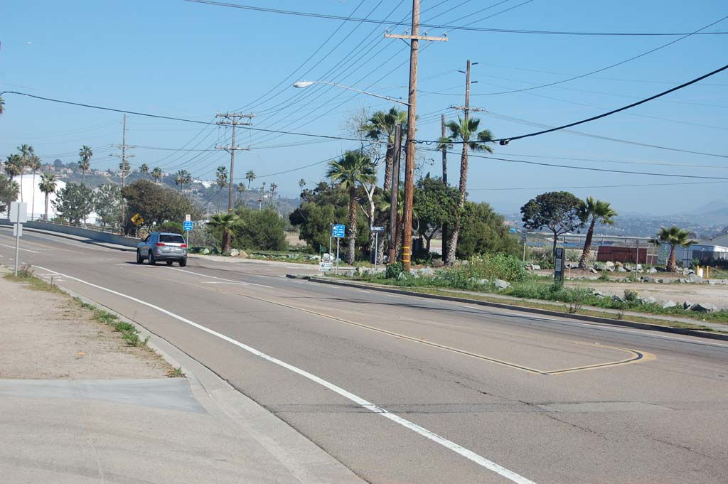 City Council members approved a contract for an environmental impact report that will study four traffic improvements, including a roundabout, at the intersection of Jimmy Durante Boulevard and San Dieguito Drive. Photo by Bianca Kaplanek