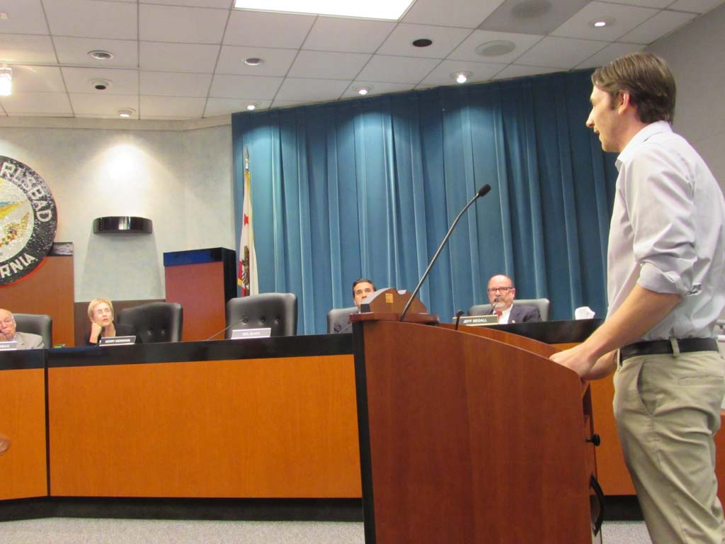Palomar Brewing founder Ben Fairweather addresses the planning commission on the brewery and tasting room he hopes to open. Photo by Ellen Wright