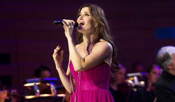 Singer Idina Menzel performs Aug. 8 at the Cal Coast Credit Union Open Air Theater, San Diego. Photo by Robin Wong