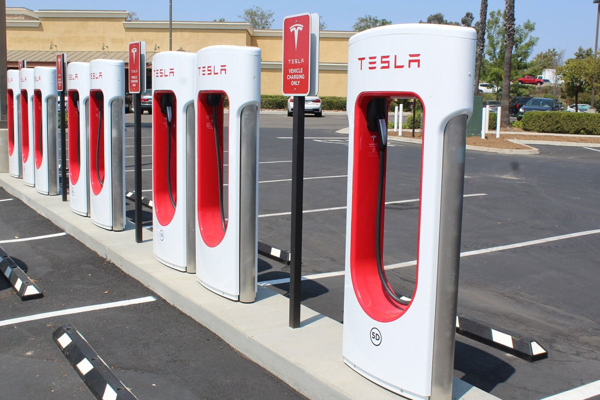 The station has at least 20 chargers providing up to 250 kilowatts, reaching reach a full charge in just 20 minutes. Photo by Steve Puterski